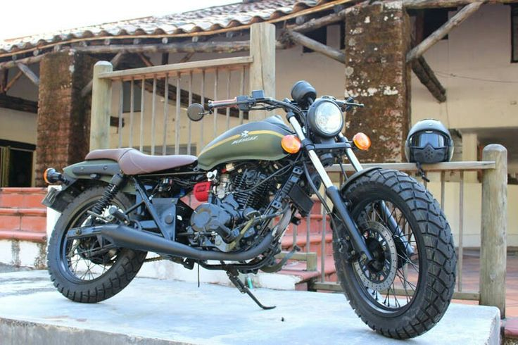 bajaj avenger 220 street tracker motos pinterest street tracker bobbers and crazy cars. Black Bedroom Furniture Sets. Home Design Ideas