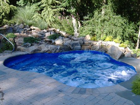 Small pool i like this design best but it would for Best small pool designs