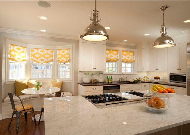 Kitchen Cabinet Paint Color Ideas. Benjamin Moore White Dove OC17. #BenjaminMooreOC17 #BenjaminMooreWhiteDove #KitchenCabinetPaintColor