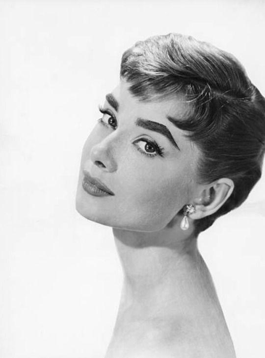 Audrey Hepburn Promotional Still For Sabrina 1954 Hurr