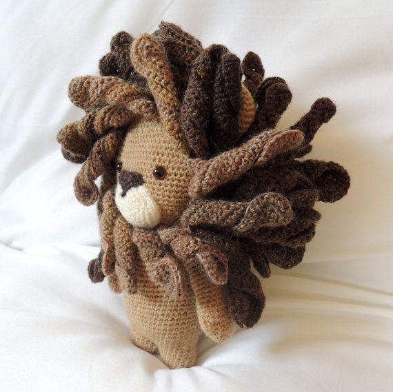 Amigurumi Reindeer Pattern Free : 25+ geweldige idee?n over Leeuw Manen op Pinterest