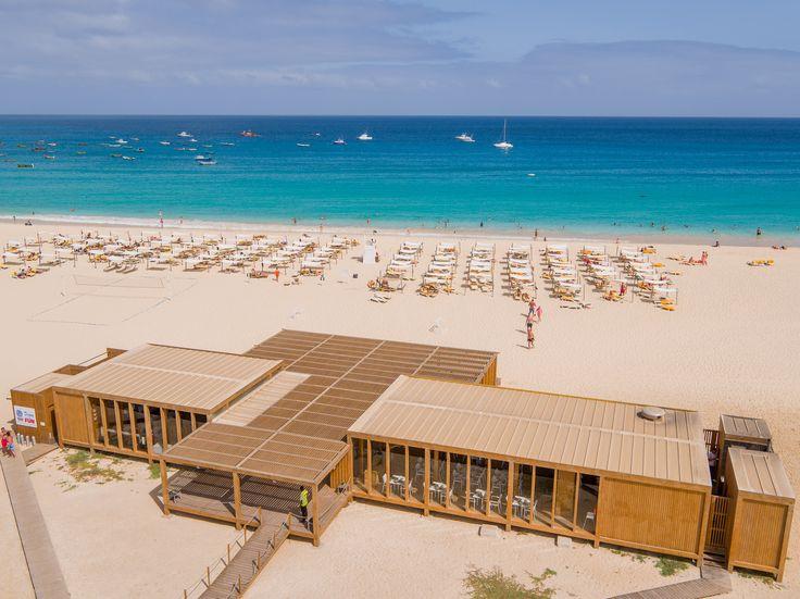 Vista aérea Morna Beach Club