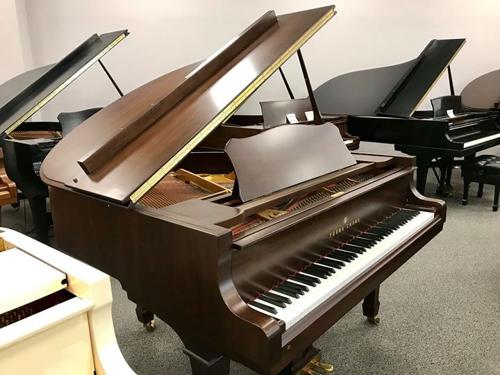 Young Chang Baby Grand Piano In A Beautiful Walnut Finish Piano Yamaha Grand Piano Baby Grand Pianos