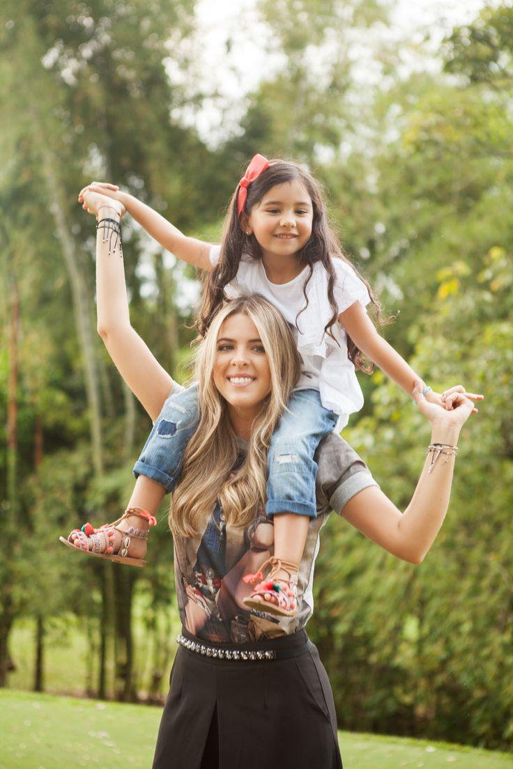Jessica & Mikaela.