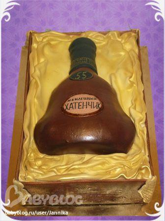 Торт в виде бутылки шампанского