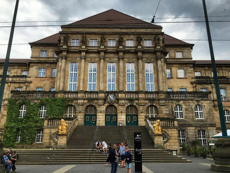 Well I'm finally in #Kassel on my penultimate day in #Germany. Here's an obligatory shot of the Town Hall / #Rathaus #building. #Germany #Hesse #IgersKassel #Hessen #Deutschland #architecture #history #culture #travel #tourism #tourist