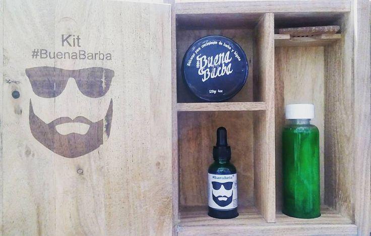 Kit de crecimiento.  Aceite Bálsamo Champú Todos con bergamota y minoxidil 10% para una barba densa y tupida.  #ForBarbers #BuenaBarba #BeardGrowth #Beard #BarberLife #BarberShop #BeardKit #Barberia #Barbon #Barbudo by buenabarba