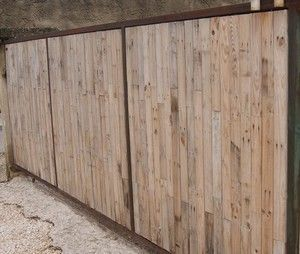 Les 25 meilleures id es de la cat gorie portail palette for Petit portail bois