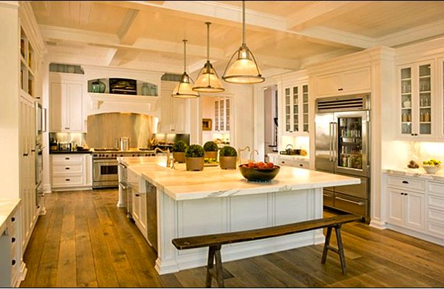 love this kitchenBeautiful Kitchens, Rob Low, Gwyneth Paltrow, Dreams Kitchens, Santa Barbara, Loft Kitchens, Big Islands, White Cabinets, White Kitchens