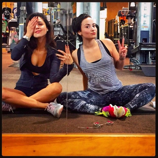 Pin for Later: 20 Reasons Demi Lovato Is Our #FitCrush And she knows working out with a buddy is always more fun Especially when your buddy is Eiza Gonzalez.