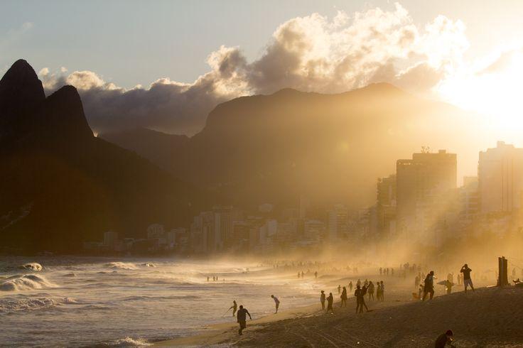 Le #Brésil, ce pays où chacune de ses parcelles semble être traversée d'un esprit de démesure, de plus «grand que nature». ♥️