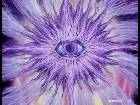Każdy, kto interesuje się trochę tematami niewyjaśnionymi na pewno słyszał o pojęciu takim jak trzecie oko. To mityczny koncept zakładający istnienie specjal...