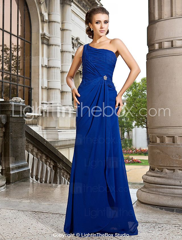 Ball / Formeller Abend / Militär Ball Kleid - Elegant A-Linie / Prinzessin Ein/Schulter Pinsel Schleppe Chiffon mitKristall Brosche / 2016 - €78.39