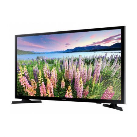 Samsung 40J5000 este un non Smart Tv de generaţie recentă, un televizor accesibil evidenţiat printr-o diagonală generoasă şi printr-un design plăcut. Reprezintă un dispozitiv atractiv potrivit camerelor generoase, aspectul modern integrându-l perfect în orice stil …