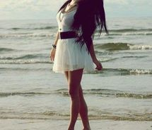 Вдохновляющая картинка пляж, красота, мода, девушка, море. Разрешение: 426x640. Найди картинки на свой вкус!