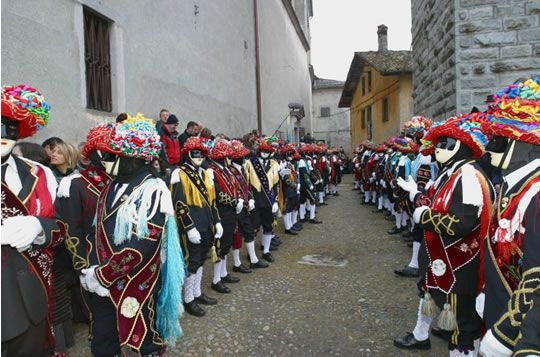 Carnevale di Bagolino / Bagolino Carnival, on of the most important events in Valsabbia, Northern Italy http://www.panesalamina.com/2014/22116-carnevale-a-bagolino.html
