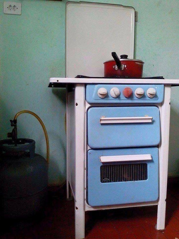 Este fogãozinho fofo. | 20 imagens que vão te lembrar a sua infância na casa da sua avó