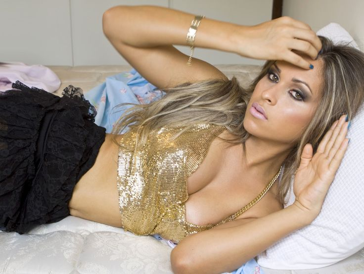 Caroline brazilian shemale