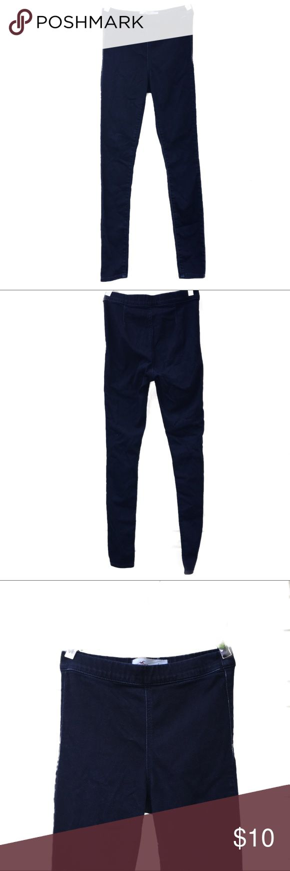 Hollister Leggings Leggings in GUC stretchy chambray material in a very dark blue wash. Hollister Pants Leggings
