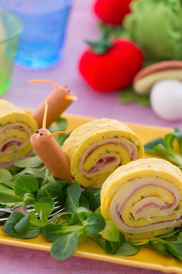 Aperitivo caracoles Rollos de tortilla salchicha comida para niños infantil fiestas celebraciones invitados Fun food for kids party snail roll omelette appetizer snack Sweet Home: Lõbusad võileivad.