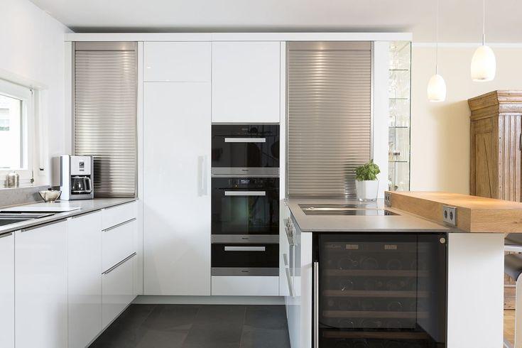 MTB-Küche in hochglanz weiss