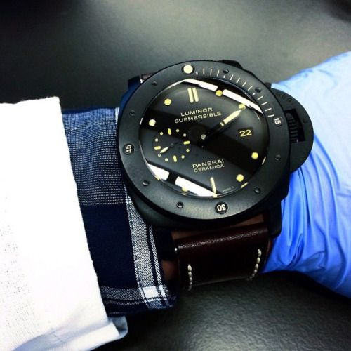 If only @finding_ninho was the one that gave me my flu shots with this #Panerai PAM508 ceramic submersible then I would be one happy person! Such a beauty! #PaneraiCentral