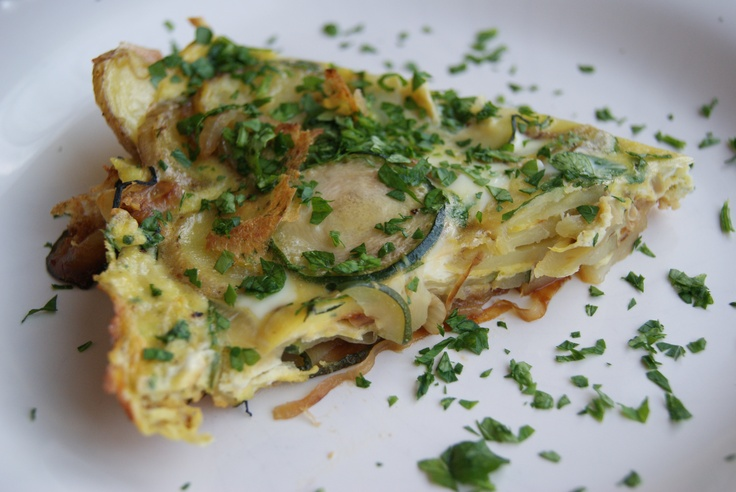 Zucchini Onion & Red Potato Frittata | Meals I might not ever make, b ...
