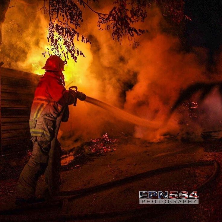 FEATURED POST  @epn564 -  BDC ME224 FF engaging a fire in #SanBernardino this evening. . ___Want to be featured? _____ Use #chiefmiller in your post ... http://ift.tt/2aftxS9 . . CHECK OUT! Facebook- chiefmiller1 Periscope -chief_miller Tumblr- chief-miller Twitter - chief_miller YouTube- chief miller . .  #firetruck #firedepartment #fireman #firefighters #ems #kcco #brotherhood #firefighting #paramedic #firehouse #rescue #firedept #workingfire #feuerwehr #brandweer #pompier #medic #retten…