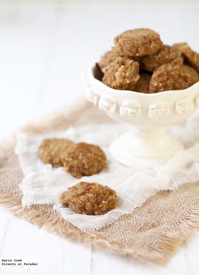 Receta de galletas de avena y manzana sin huevo, azúcar y lácteos. Fotografías con el paso a paso del proceso de elaboración. Sugerencia de presentación