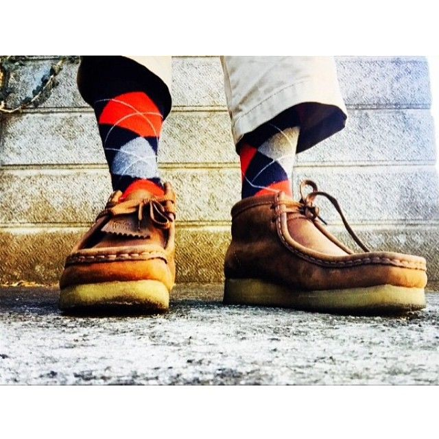 CC @desem_yb Cool Runnings #clarks #clarksoriginals #desertboots #wallabees #desertboot #wallabee #deserttrek #deserttreks #boots #originals #clarksdesert #crepesole #suede #nubuck
