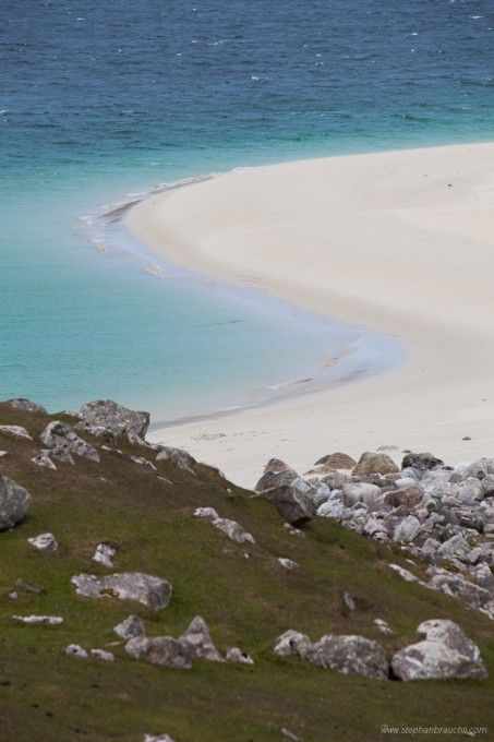 Beach near Huisinis, Isle of Harris, Scotland. Our article on 19 of the best European beaches: http://www.europealacarte.co.uk/blog/2011/03/28/best-beaches-europ