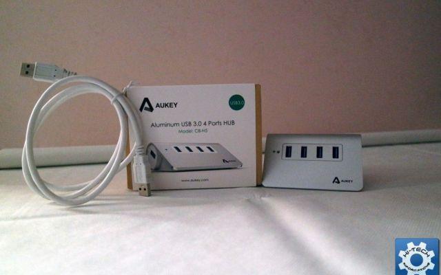 Mini Hub USB 3.0 in alluminio di Aukey, la recensione completa Ecco un pratico hub di dimensioni minime in grado di offrire quattro porte USB con standard 3.0 per collegare qualsiasi tipo di periferica e trasferire file alla massima velocità. All'interno, trover #aukey #hub #recensione #amazon