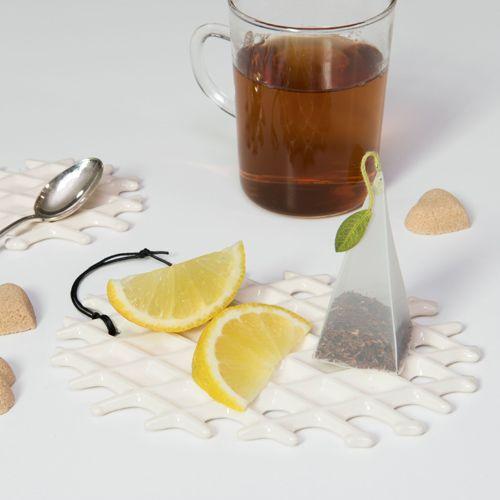 Tea break with a Neola waffles, by Arago Design. #neola #waffle #design #italiandesign #madeinitaly
