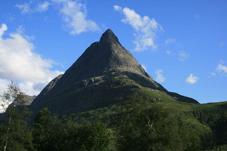 Innerdalstårnet - Turar - Morotur - Møre og Romsdal fylkeskommune