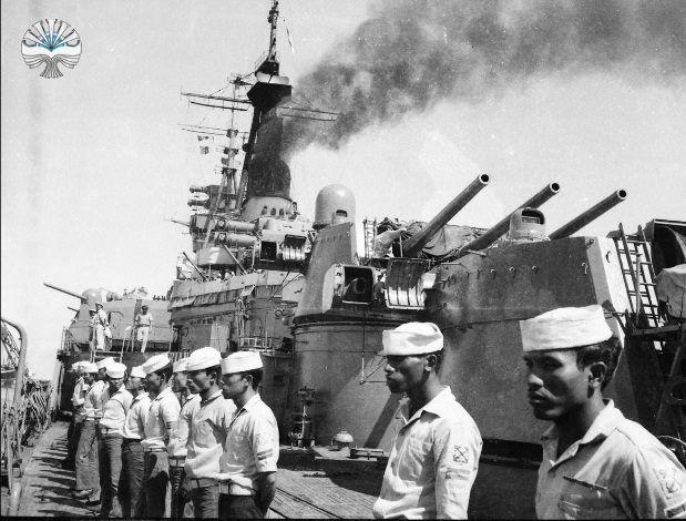 kri-irian-tni-angkatan-laut-5
