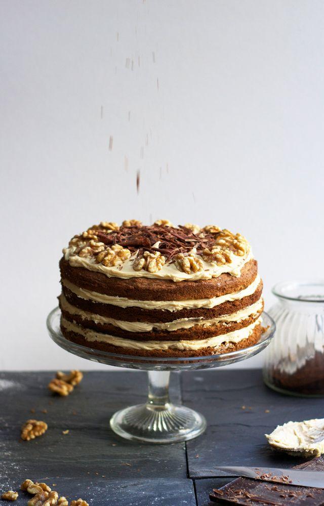 Coffee + walnut layer cake {for Jason's birthday!}