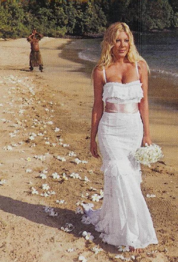 абсолютно дружила фото свадебного платья тори спеллинг впечатлений