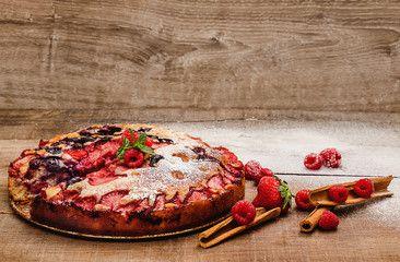cake stuffed with berries and cinnamon