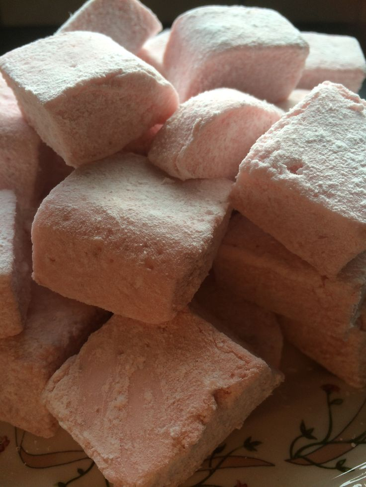I kept on working on my marshmallow recipe and I got it right this time. A mix of vanilla and strawberry