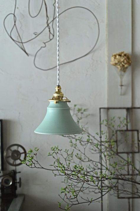 陶器のランプシェード 若葉色 照明(ライト)・ランプ カタチ製作所 ハンドメイド通販・販売のCreema
