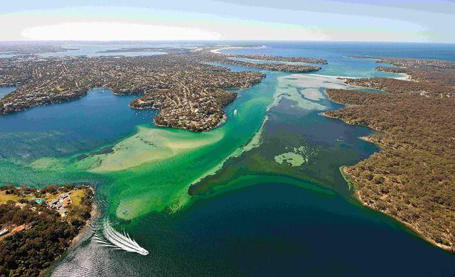 Port Hacking River, Sydney www.hirecarsydneyairport.com