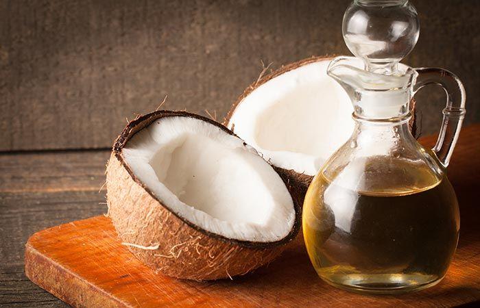 5.-Coconut-Oil-For-Dark-Circles