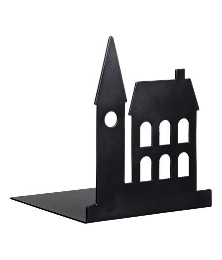Check this out! Een boekensteun van metaal met het silhouet van gebouwen aan één van de zijkanten. Afmetingen 12x12x14 cm. – Ga naar hm.com om meer te bekijken.