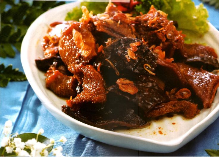 Babat gongso, tripe stirfry ig sweet soy sauce specialty of Semarang, Central Java