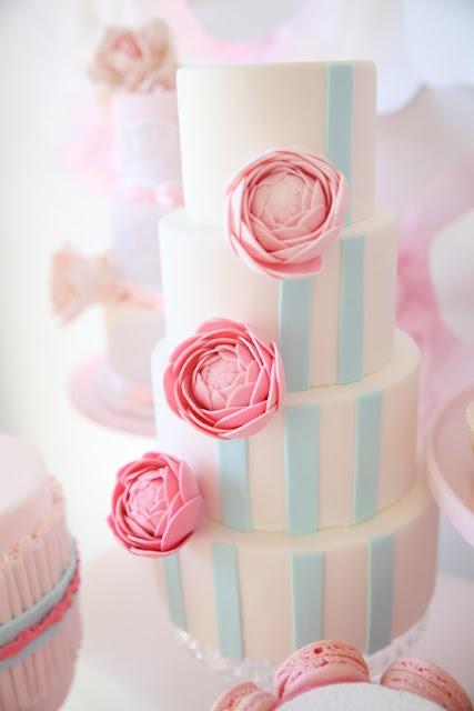 pastel, peony cake!