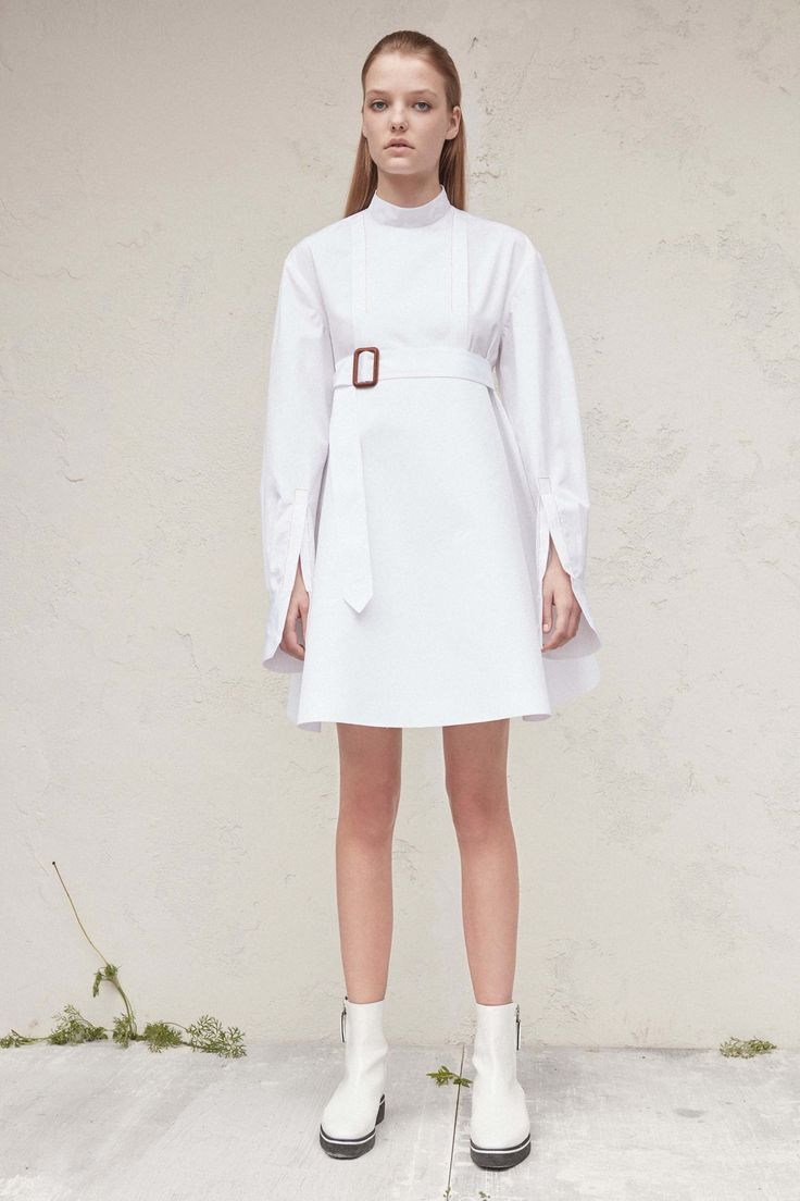 http://www.vogue.com/fashion-shows/resort-2017/calvin-klein-collection/slideshow/collection