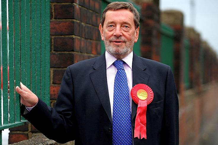 """Top News: """"UK: David Blunkett Warns Corbyn Will Make Labour Unelectable"""" - http://www.politicoscope.com/wp-content/uploads/2015/08/UK-Labour-Party-News-David-Blunkett-In-The-News-Headline-Now-1200x800.jpg - David Blunkett: """"We filled halls, we filled Trafalgar Square and we were hammered in the 1983 election, and again in 87 and again in 92."""" Read more.  on Politicoscope - http://www.politicoscope.com/uk-david-blunkett-warns-corbyn-will-make-labour-unelectable/."""