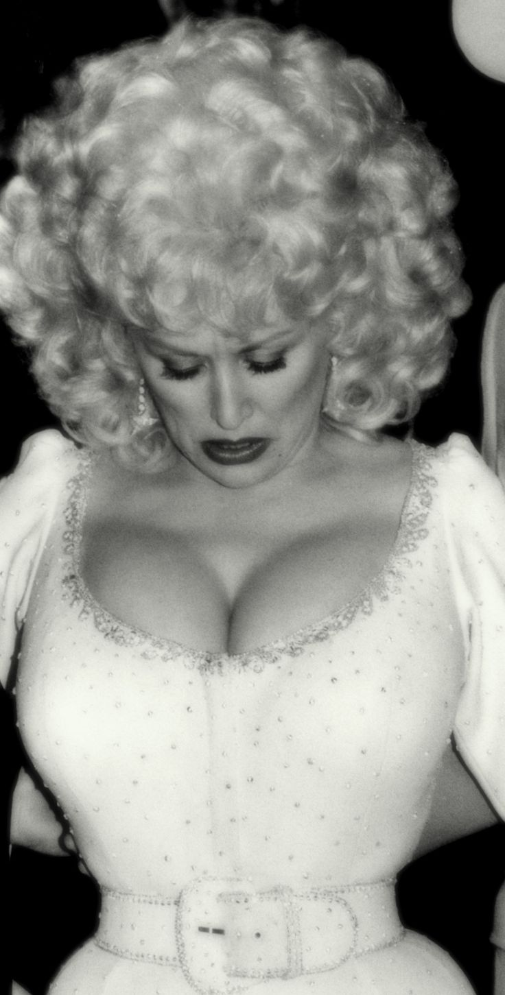 Theme, will mr boobs dolly parton