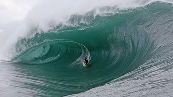 Μαγεία στα κύματα με πρωταγωνιστές σέρφερ  ΦΩΤΟ   Η κυματοδρομία είναι μεταφραστικό δάνειο της αγγλικής λέξης surfing. Τις εντυπωσιακές εικόνες από τους surfers στα ομορφότερα μέρη του πλανήτη παρουσιάζει το National Geographic... from ΡΟΗ ΕΙΔΗΣΕΩΝ enikos.gr http://ift.tt/2tSpbMT ΡΟΗ ΕΙΔΗΣΕΩΝ enikos.gr