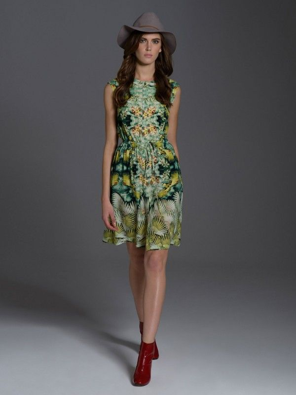 #springsummercollection #laf #eyeforfashion #springsummer2017 #floral #pattern #ss17 #dress #beauty #fashion #color #spring #trend #green